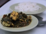 Aromatic curry of fenugreek, spinach and tofu