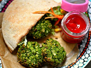 Pea, spinach and brown rice patties (vegan and oil free)