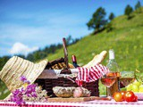 How To Prepare The Perfect Italian Picnic