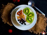Fruits & Nuts enriched pap (Oats, Kiwi fruit, Raisins, Almond seeds)