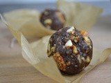 Crunchy Date and Nut Energy Balls