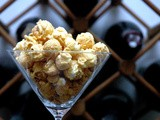 Dee's Gourmet Popcorn: Not Your Usual Popcorn