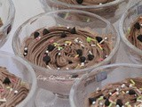 Egg-less chocolate mousse / eggless chocolate mousse / chocolate mousse