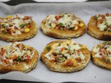 Mini bread pizza
