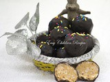 Peanut butter balls / chocolate dipped peanut butter balls / chocolate peanut butter