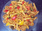 Red sauce vegetable pasta