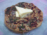 Stuffed spinach parantha