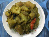 Delicious Curry With Vegetables / Bengali Labra Torkari