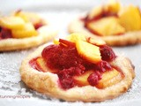 Little shortcrust pastry fruit tarts