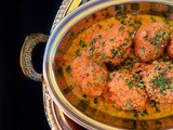 Kashmiri Dum Aloo (Potatoes in Thick Yogurt Gravy)