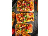 Quick Achari Paneer Pizza