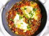 Shakshouka ~poached eggs in tomato gravy~