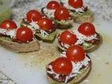 Bruschetta con Choriço and Cherry Tomato Bunkers