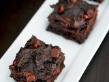 Eggless double chocolate fudge Greek yogurt brownies
