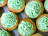 Ultimate vanilla cupcakes with vanilla buttercream frosting