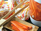 Fermented Garlic Carrot Sticks