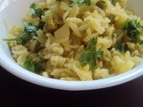 Aloo Matar ki Taharee .. Potato & Peas Rice