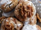 Moroccan almond, walnut and raisins Ghrouiba - a gluten-free recipe