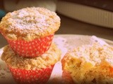 Orange and poppy seeds muffins with a crumble