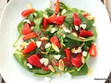 Erdbeer-Spinat-Salat mit Ziegenkäse / Strawberry Spinach Salad with Goat Cheese
