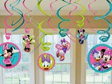 How to throw the perfect Minnie Mouse Birthday Party