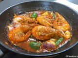 Prawns in Tomato Sauce : Quick & Easy