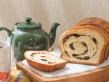 Cinnamon Raisin Bread #BreadBakers