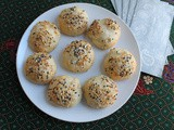 Stuffed Bagel Balls