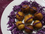 Purple Cabbage Vada (Purple Cabbage Fritters)
