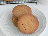 Easy Digestive Biscuits Recipe (Homemade) / Eggless Biscuit Recipe