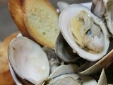 Steamed Clams in White Wine Garlic Broth