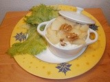 Mini casserole dish with potato puree, creamy roquefort with walnuts and pears