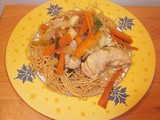 Stir-fried chicken with vegetables (carrots, fennel, celery)