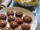 Gujarati Thabadi Peda – Indian Milk Sweet Recipes