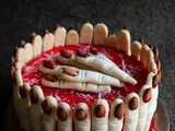 Spooky Finger Cake – Halloween Spooky Cake – Video Recipe