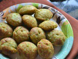 Sweet Corn Sooji Vadai Recipe