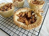 {Guest Post} The Hungry Couple: Mock Apple Strudel Cups