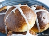 Hot Cross Buns & Happy Easter
