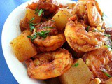 Prawns and Potatoes in Spicy Red Curry
