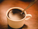 Making a cup of thick old-fashioned hot chocolate [the healthy way]
