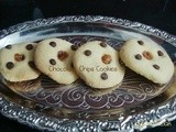 Eggless Chocolate Chips Cookies in cooker