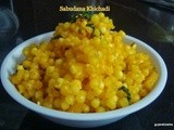 Sabudana Khichadi - sweet and spicy sago with potato (vrat ka khana)