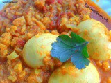 Egg and Cauliflower curry / How to make Gobi Egg gravy with step by step pictures / Kodi guddu cauliflower