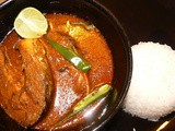 Rui Macher Kalia: Spicy Fish Curry