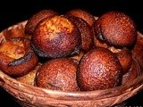 Unniyappam: Deep Fried Rice & Jaggery Balls