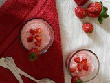 Eggless Strawberry Mousse Recipe, How to make Quick Strawberry Mousse
