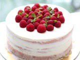 Strawberry Light Cheese Cake with Lemon Mascarpone frosting