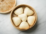 Steamed Bao Buns Recipe (Fluffy Chinese Bao)
