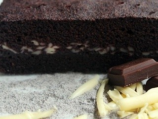 Black Glutinous Rice Flour Steamed Brownies