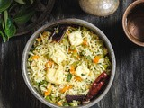 Desi Style Paneer Fried Rice / Paneer & Vegetables Fried Rice - Indian Style